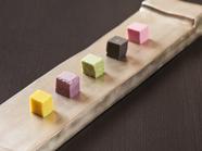 キレイな色は野菜そのものの色『野菜のキューブ』