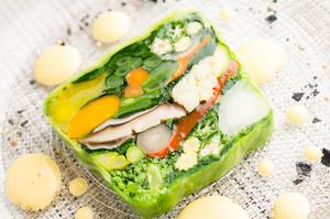 20種類の元気野菜のプレッセテリーヌ サフランソース
