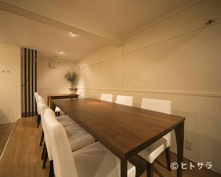 日本酒専門店 MONDOの料理・店内の画像2