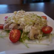 (サラダバー・スープ付)夏にはこのパスタ!生ハムとフレッシュトマトがふんだんに入りオリーブオイルとの相性バッチリ!ブルッコリーのアクセントが抜群です。