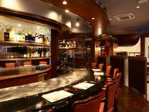常にお客様の気持に沿う接客と満足感を得られる料理でおもてなし