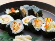 宮崎発祥のスチュワーデス巻とも呼ばれる品。スチュワーデスさんのまかない食から生まれたのだとか。