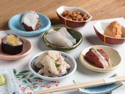 食材達を活かした調理法で魚、野菜、肉、料理を 体に優しい味付けでたのしん楽しんでいただけます。