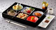 東京湾初!シンフォニーモデルナに寿司カウンターを新設しました。 窓辺の特等席で大切な人とお過ごしください。