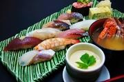 お寿司9貫/卵焼/茶碗蒸し/茶碗蒸し/吸物つき 満足のボリューム ※天候、仕入れ状況により地魚には限りがございます