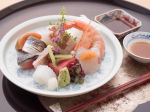 その日のおすすめ鮮魚を堪能できる『お造り7点盛り』
