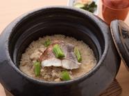 炊きたての香りもごちそう!『土鍋で炊いた鯛ごはん』コース一例