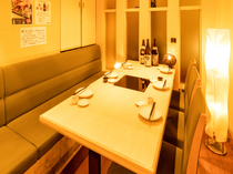 2名様~団体様まで対応した個室完備。