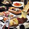 フォアグラのソテーや特選熟成牛肉5種盛り合わせ、オマールエビのグリルなどが味わえる特選コースです。