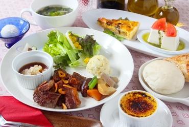 宮崎産の柔らかな牛肉を贅沢に使用した『ステーキコース』