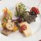 色々な味わいが一皿にちりばめられた『前菜の盛合せ』