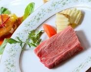 素材を厳選した『特製和牛サーロインステーキ』