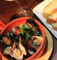 イタリア産のこだわりのオリーブオイルを使用『海老の和ヒージョ』