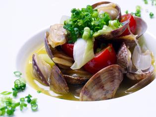 毎日仕入れる新鮮な魚介類をおいしいイタリア料理で