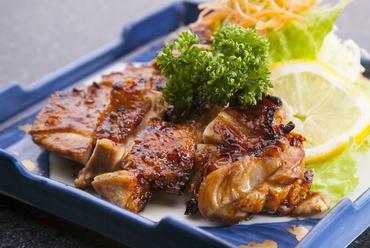 鳥取の銘柄鶏「大山鶏」を自家製のタレで照り焼きに『大山鶏の照り焼き』