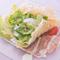 パルミジャーノチーズのガレットが決め手!『豚トロとロメインレタスのシーザーサラダ』