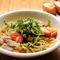 ガーリックの香り立つ、オイルベースのパスタ 『野菜と手作りパンチェッタのアーリオオーリオ』