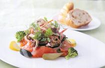 旬の食材を使ったお料理の数々をお楽しみください