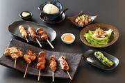 【コース内容】先付・自家製豆腐・薩摩地鶏のたたき・サラダ・焼き物9本<うずら、正肉、つくね、皮、野菜、巻きもの、レバー、チーズ、手羽先>