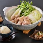 【コース内容】先付・自家製豆腐・薩摩地鶏のたたき・鶏鍋・〆の雑炊or麺