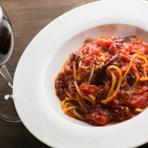 使い勝手が良く、美味しいイタリアンは女性に人気です