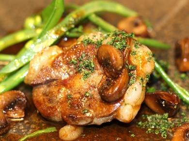近江八幡の近江牛のロニョン 旬の野菜をちりばめて バニュルスビネガーのソース