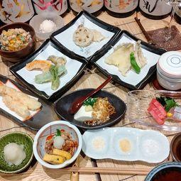 旬のお刺身や天ぷらなど、当店自慢のお料理をご満喫いただけます。