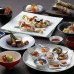 地元長崎産の最高の食材のみを贅沢に使った鮨ダイニング天空 渾身のコース料理「天空」。鮑や唐墨を使った贅沢な先付けに始まり、メインの鮨まで驚きと美味しさを与え続ける天空自慢のコースです。