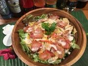 イタリアからわざわざベーコンになって、BibeLudeの為に来てくれた、ドルテェポルコベーコン たっぷり使ってシーザーサラダになりました。