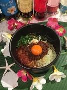 「数多くの混ぜご飯がある中で、一番うまい」と言われました。ポイントは無限卵かけご飯の上に自家製の台湾ミンチ、卵黄をトッピング、ニラネギニンニクと香薬味をトッピング、まぜて辛い美味い最高な〆です。