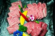なかなか食べられない肉との出逢い『本日の希少部位盛り合せ』