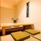 改まった会食の場に相応しい、掘りごたつ式の4名用個室