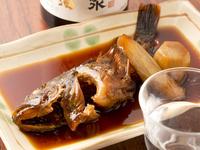 甘辛く煮つけた、千葉県・富津の旬の地魚『カサゴの煮物』