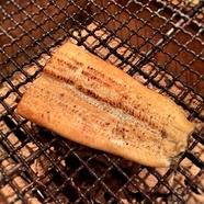 『鰻の白焼き~パリッ~』はカリッふわっの食感と香ばしさ
