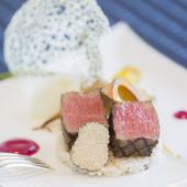 一つ一つのパーツにもこだわった『県産牛フィレ肉のグリエ』