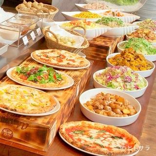 SALVATORE CUOMO&BAR 札幌店の料理・店内の画像1