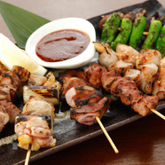 炭火串焼き(薩摩地鶏・やきとん・野菜)2本より注文下さい