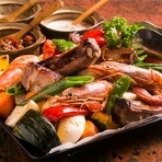 自らの目で選び、地元青森県産の食材を中心に仕入れ