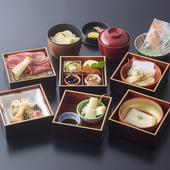 桜や紅葉、光明寺観光前後のお食事に。夏は鱧料理をご提供