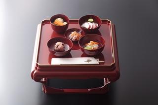 折詰弁当二段3800円+税