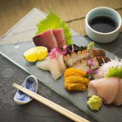 季節を感じていただける旬の料理と、本格和食をご堪能いただける人気の会席コース