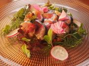 久山町「里山サポリ」さんのこだわりのお野菜を使っております。