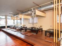 女子会や飲み会など、人数に合わせて「半個室」に変更可能