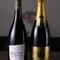 フランス産ワインは100種類以上。ワイン好きの常連さんも通う店