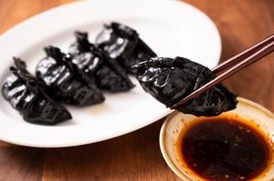 馬刺しの本場、熊本から直送のとびきり新鮮な『レバ刺し』