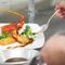 沖縄食材×フレンチのコンチネンタル料理を提供