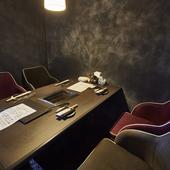 プライベートな個室が充実。バラエティに富んだ席から選んで