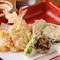 旬の素材をサクッと揚げた『天ぷらの盛り合わせ』