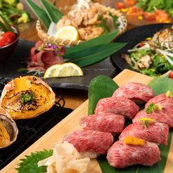イチオシのとろ肉寿司、柔らかローストビーフなど宴会を盛り上げること間違いなしの逸品をご用意!