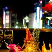 都会の夜景を一望できる、VIP感溢れるプライベート空間